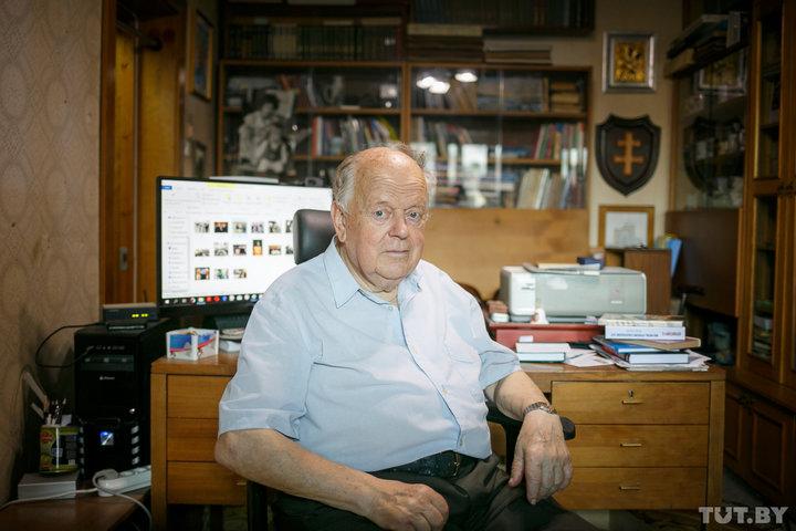 Станислав Шушкевич показал свой Минск и рассказал, что считает своим «самым великим преступлением»