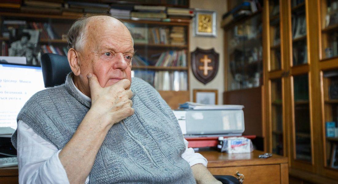 Разговор со Станиславом Шушкевичем о том, может ли страна застрять во времени на четверть века
